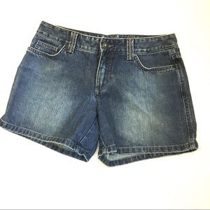 Tommy Hilfiger denim shorts size 4